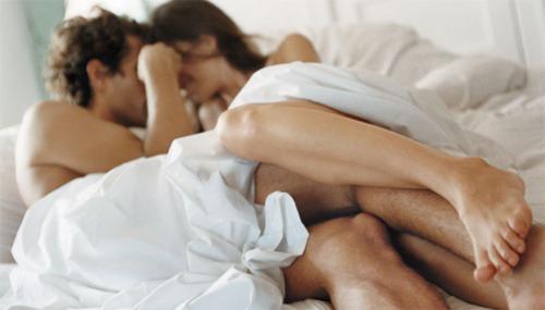 seksualnie-otnosheniya-v-molodoy-paren
