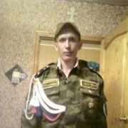 Михаил, 33