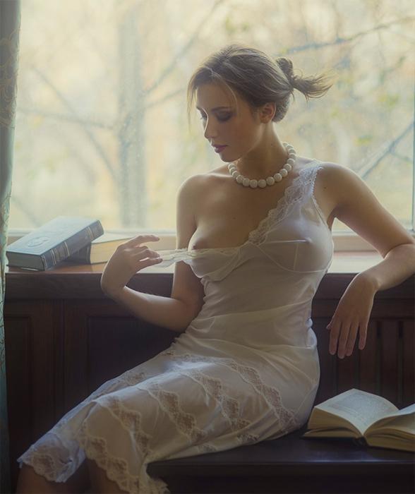 только в белых платьях фото в стиле ню
