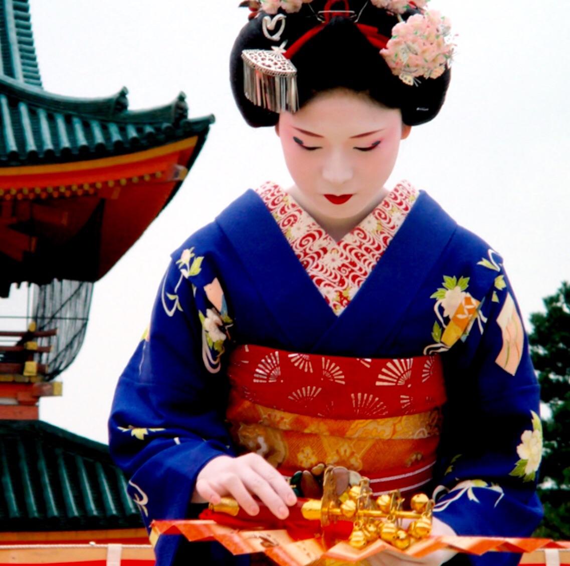 Танцующая японка фото 17 фотография