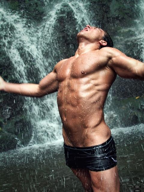 Фото мужики на природе голые больше