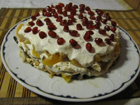 Торт с изюмом фото