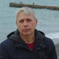 Александр, 52 года, Телец, Тында
