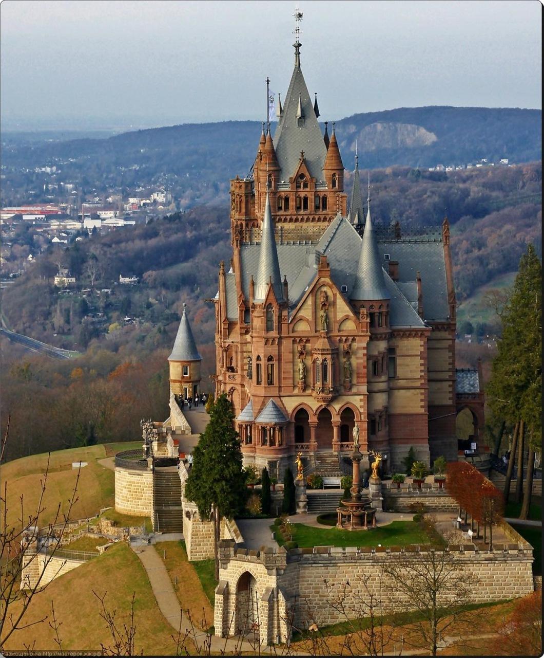 нужно название дворцов и замков объявления уборщица Красноярске