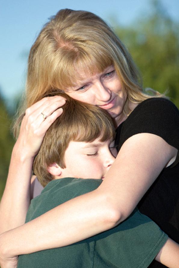 фотографии мамы со своим сыном-первокурсником