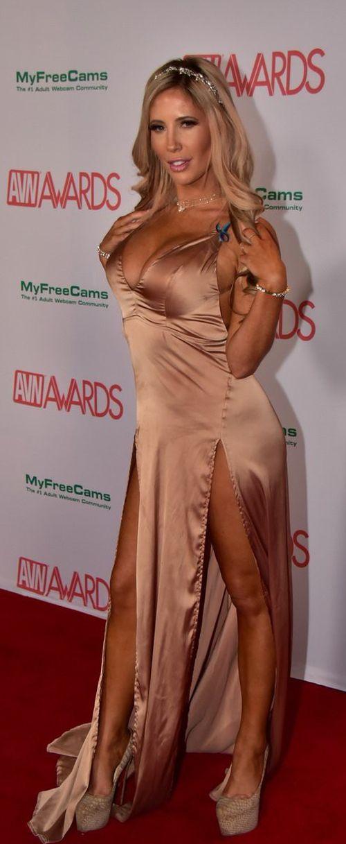 Самые престижные номинации в порноиндустрии, порно фото женских ног в чулках и колготках