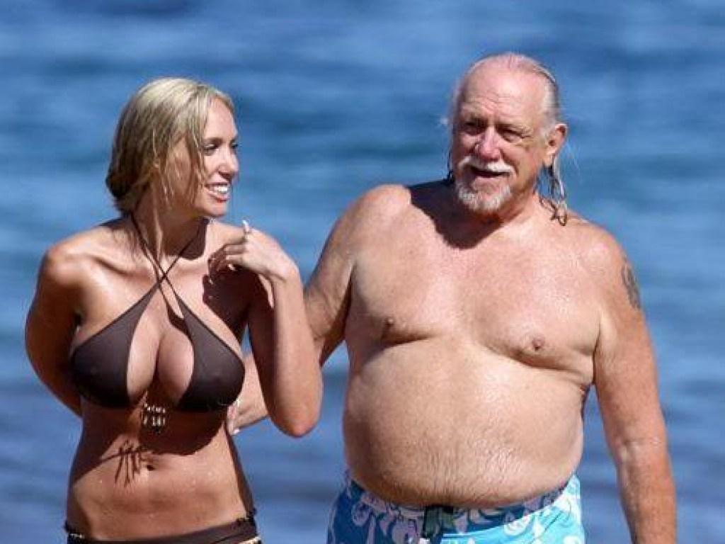 при самом старые мужчины и их молодые жены фото что игра