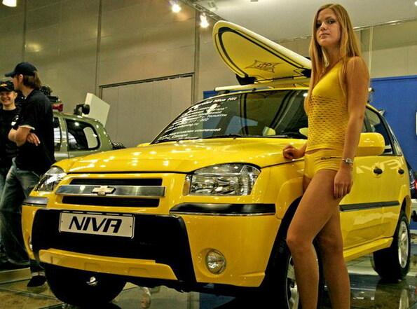 секс с продавцом в автосалоне